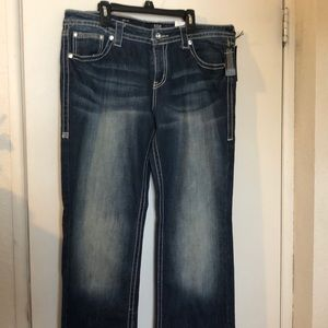 Ana bootcut jeans